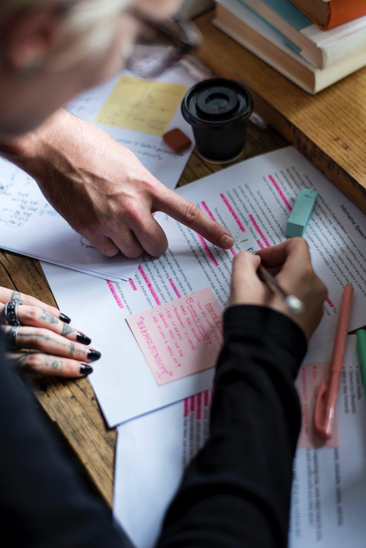 מה המחיר עבור סיוע לכתיבת עבודות סמינריון?