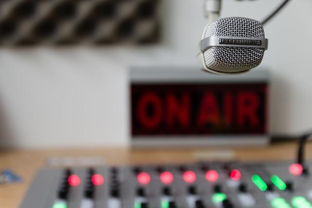 הפרסום ברדיו  עובד – יתרונות הפרסום ברדיו