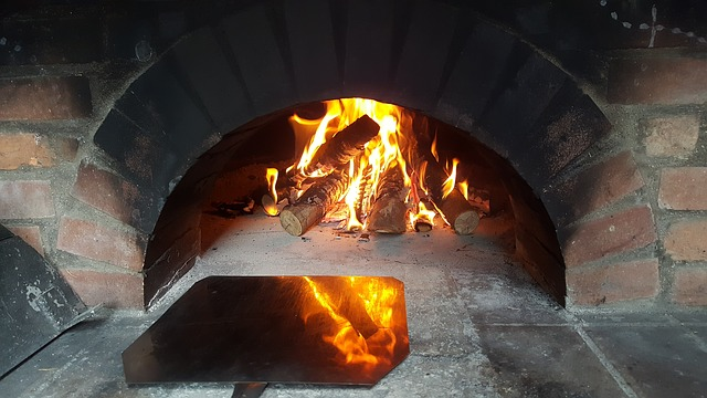 מה ההבדל בין פיצת טאבון לפיצה בתנור
