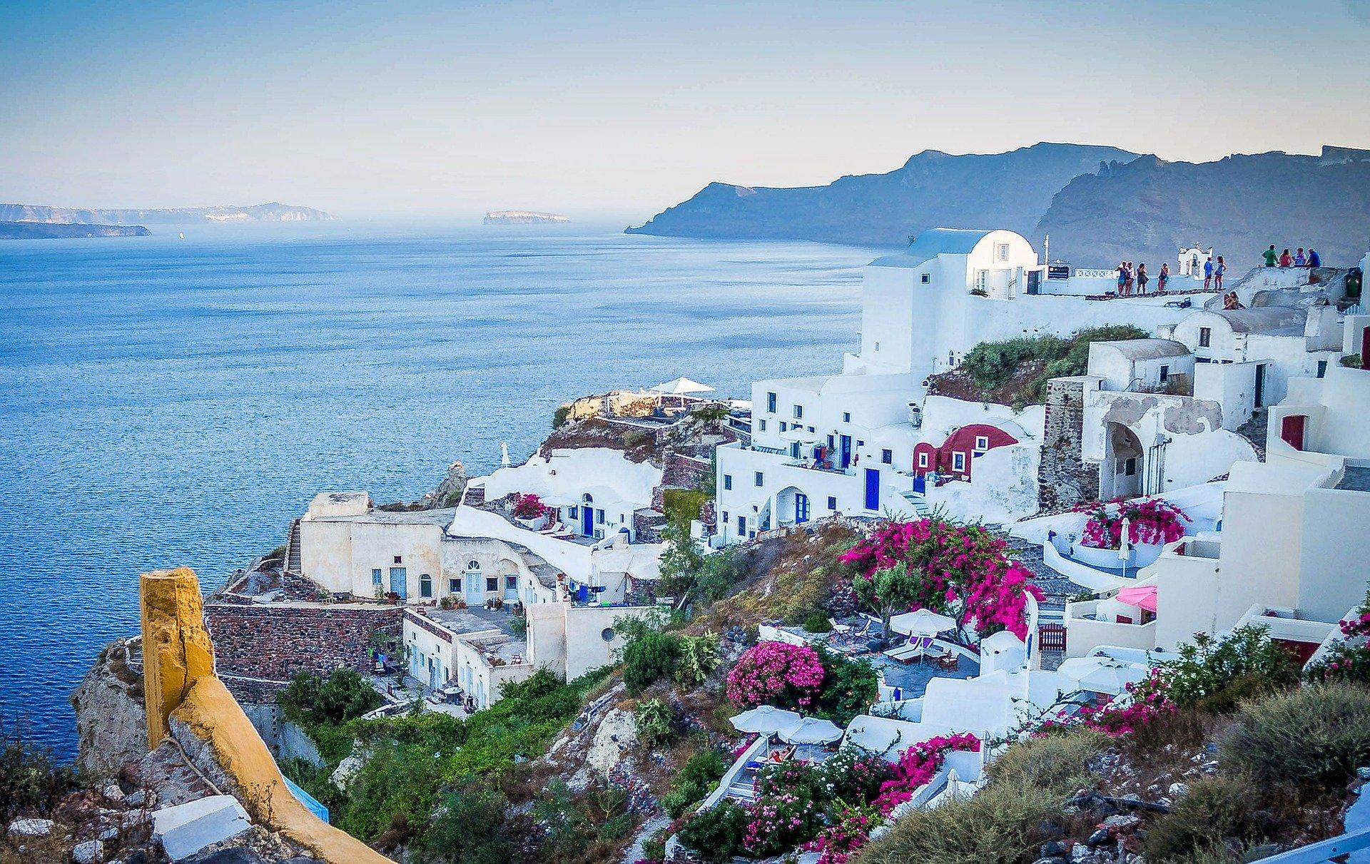 למה לקנות דירה ביוון?